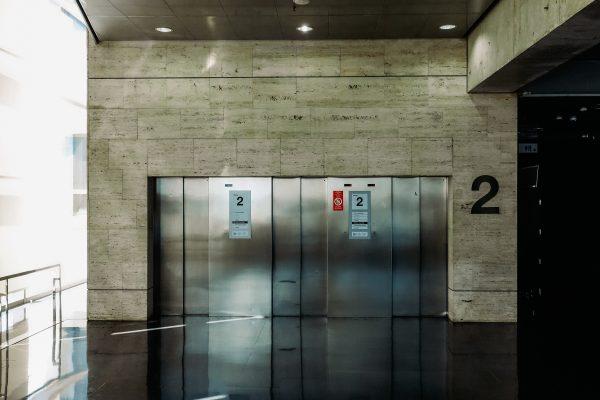 ITC AEM1 sobre ascensores